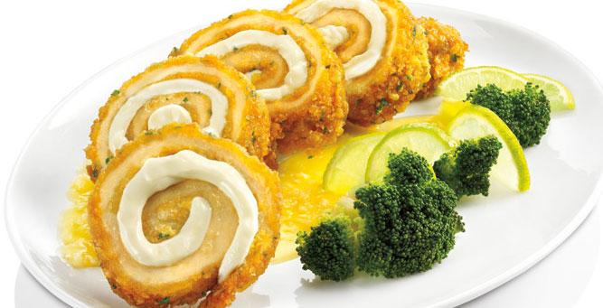Receta: Enrrollado De Pollo Con Salsa De Tumbo