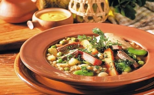 Receta de sopa con cecina
